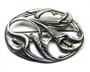 195033  Pot Metal Calla Lily Brooch - Product Image