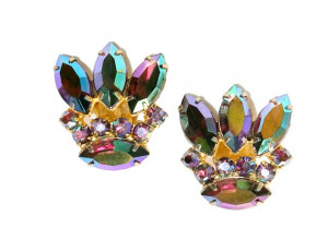 195100  Prong Set Purple in Aurora Borealis - Product Image