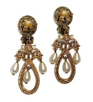195108  Art Pearl & Filigree Dangles - Product Image