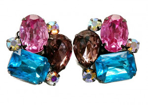 195122  Thelma Deutsch Multi-Colored Ear Clips - Product Image