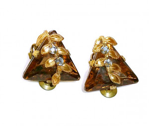 195127  Triangular Ear Clips - Product Image