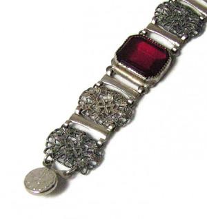 195158  Emerald Cut Red Rhinestone Snap Closure Bracelet - Product Image
