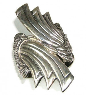 195192  Sterling Taxco Hinged Clamper - Product Image
