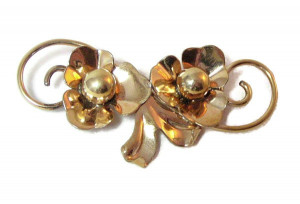 195214  Gold Filled Floral Brooch - Product Image