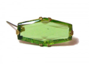 195221  Bohemian Glass Pin - Product Image