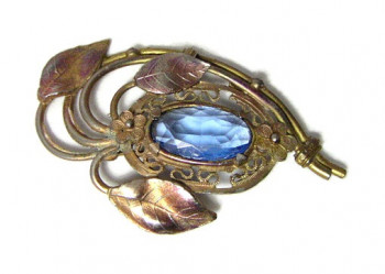 196036 Large Blue Faceted Brooch - Product Image