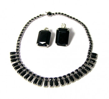 196078  Black Opaque Rhinestone Necklace & Free Earrings - Product Image