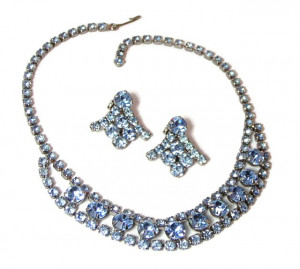 196083  Pastel Blue Rhinestone Set - Product Image