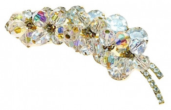 20300109  Crystal Sway Brooch - Product Image
