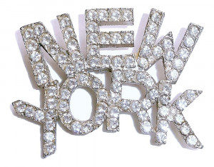 2030095  New York Brooch - Product Image