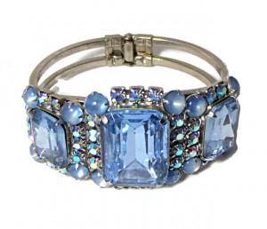 196071  Glitzy Blue Rhinestone Clamper - Product Image