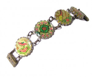 196062  Early Plastic Disc Bracelet