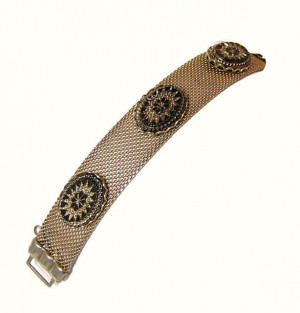 196064  Revival Victorian Glass & Mesh Bracelet - Product Image