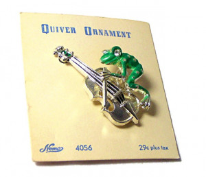 "196113  Nemo ""Quiver"" Enamel & Rhinestone Frog Pin on Original Card - Product Image"