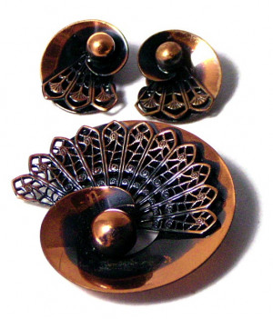 196034  Copper Brooch & Earrings - Product Image
