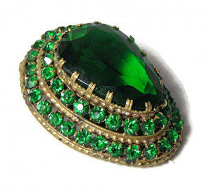 195183  Czech Emerald Green Dimensional Clip - Product Image