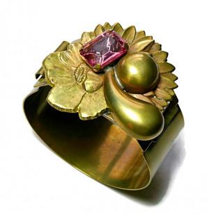 196213  Brass & Glass Nouveau Bracelet - Product Image