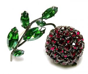 196110  Schreiner 3D Rhinestone Cherry - Product Image