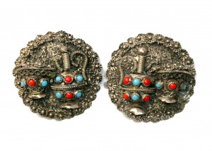 195106  Signed Dimensional Silver Ear Clips - Product Image