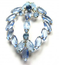 195023  Blue Crackle Glass Brooch