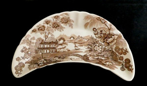 1030106  Royal Staffordshire Tonquin by Cliff Bone Dish - Product Image