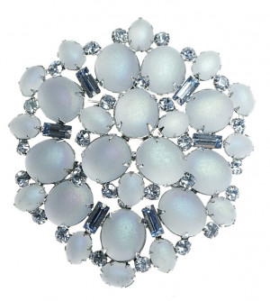 20300113  Caviness Moonglow Glass Cab Brooch