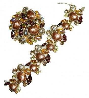 20300105  Caviness Brooch & Bracelet Set - Product Image