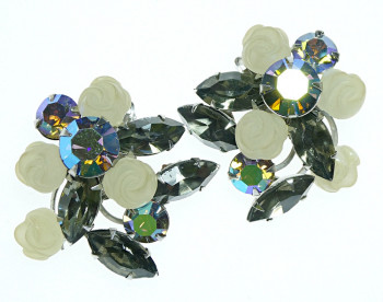 2040035  AB Stones & Frosted Roses Ear Clips - Product Image