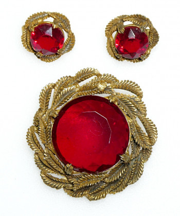 2040046  Ruby Red Brooch & Ear Clips