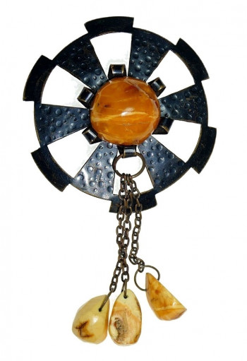 2040057  Egg Yolk Baltic Amber Dangle Brooch