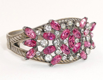 216109  Pink & Clear Pot Metal Hinged Bangle - Product Image
